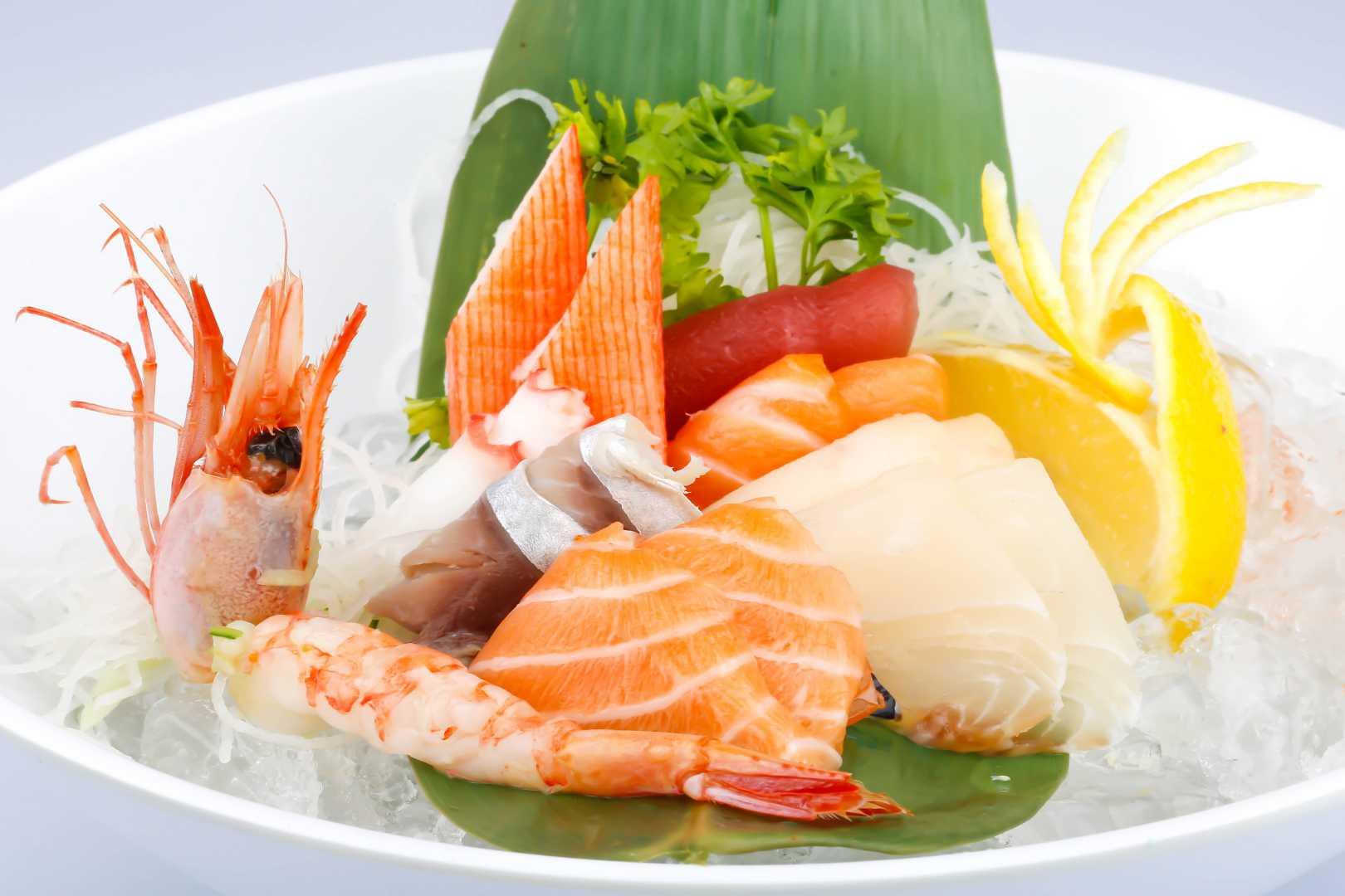Sushi Roll Sashimi Boat