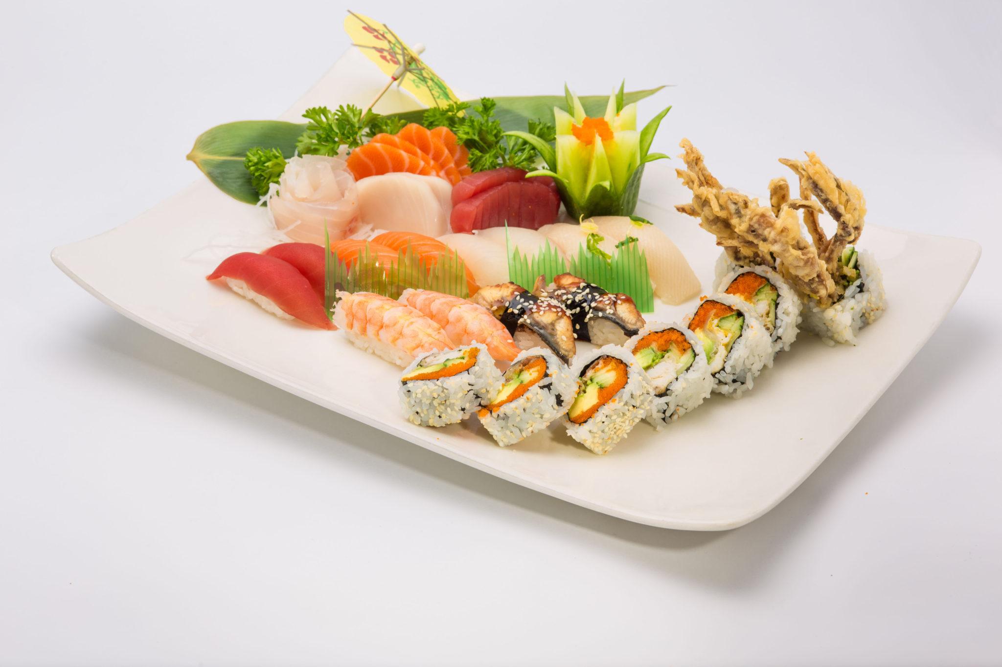 Sushi, Maki (Roll) Boat